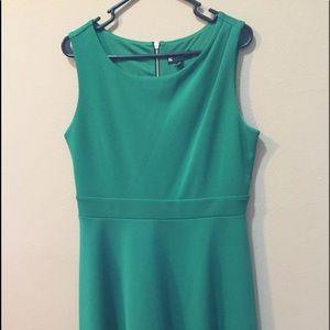 Green Dress by Valerie Bertinelli